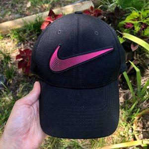Nike S1ZE Legacy91 Black Hat Pink Swoosh 💕